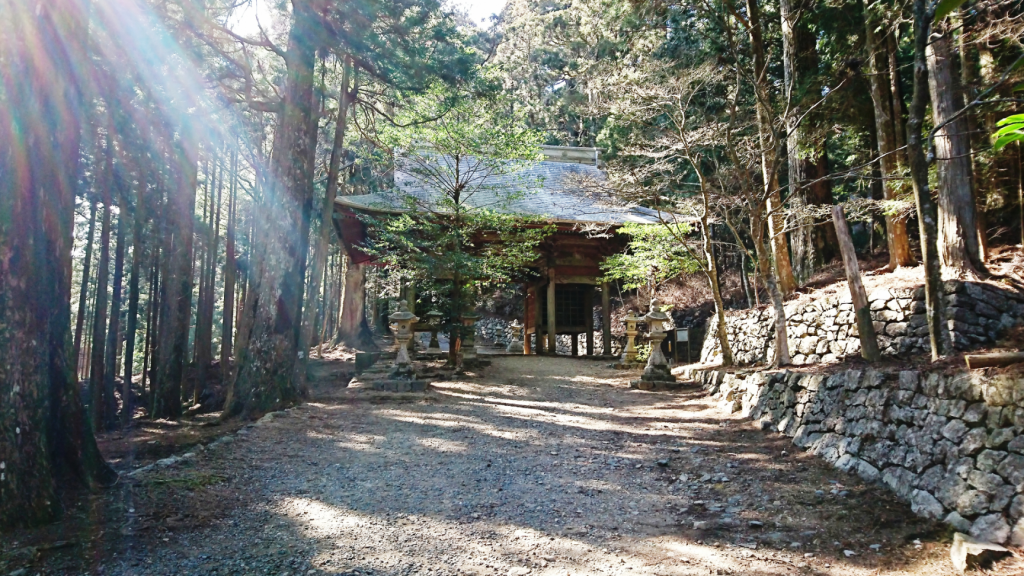 秋葉神社 東の神門2