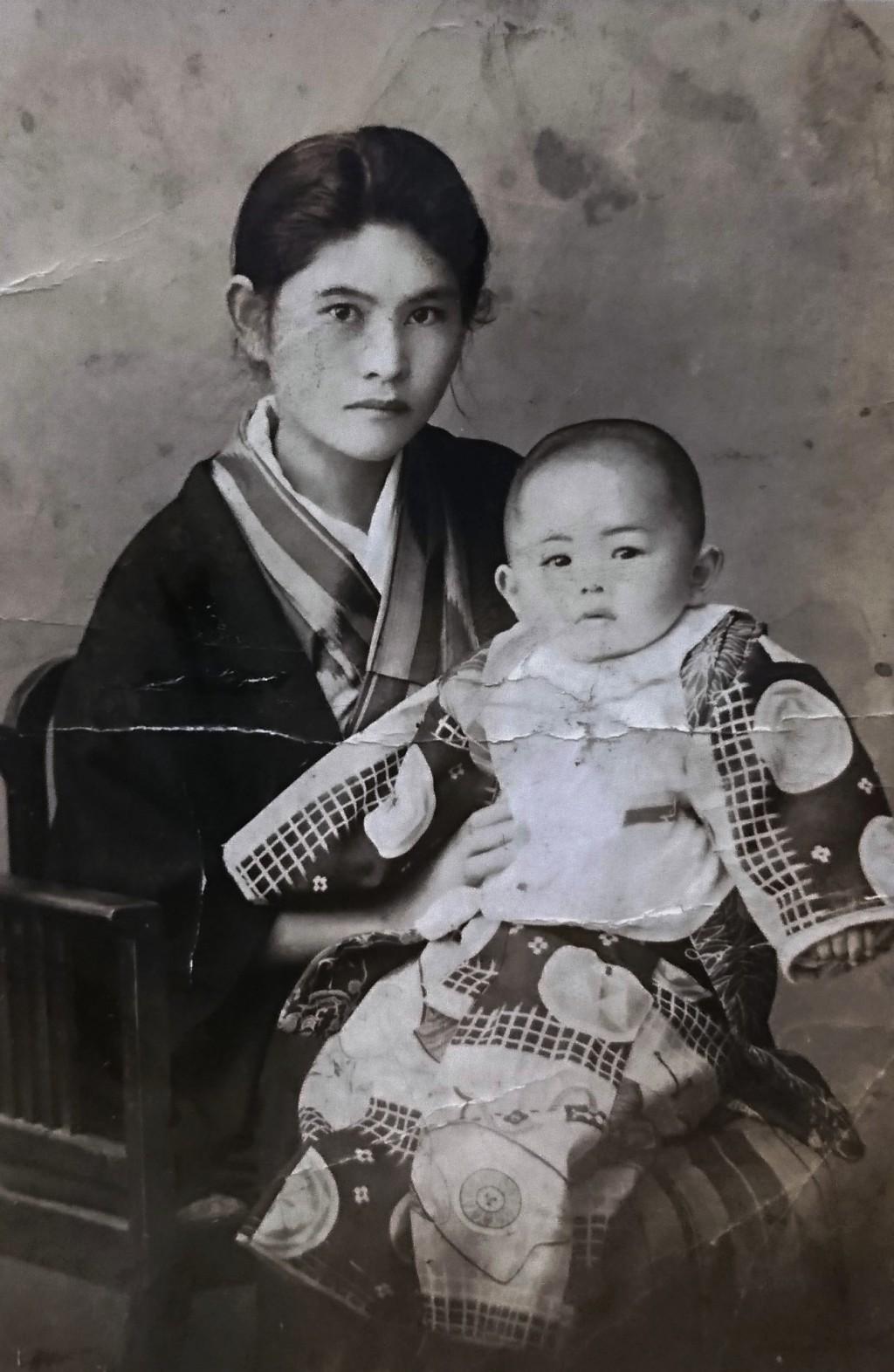 白黒写真を無料でカラーに 先祖の写真を自動色付けしてみた 毎日